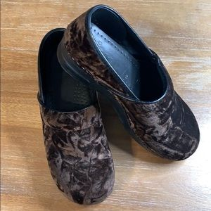 Dansko Brown Velvet Clog - Size 9.5-10